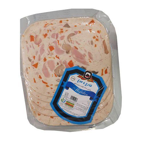 کالباس 55 % گوشت مرغ با قارچ مفیدان